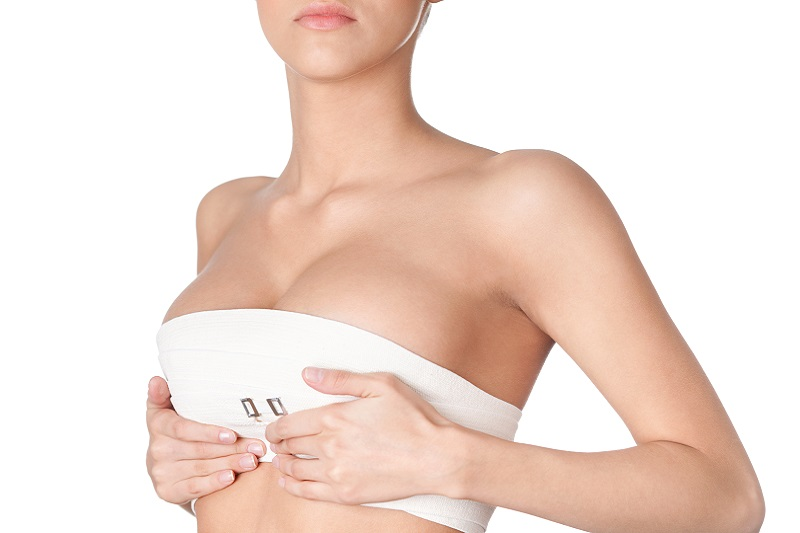 Lifting piersi – jedyny, skuteczny zabieg na poprawę wyglądu piersi